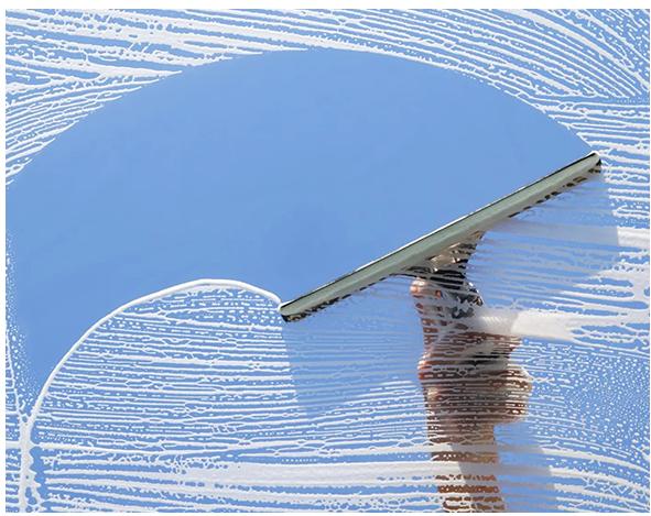 Професионално почистване и миене на прозорци, стъклени витрини и фасади на сгради